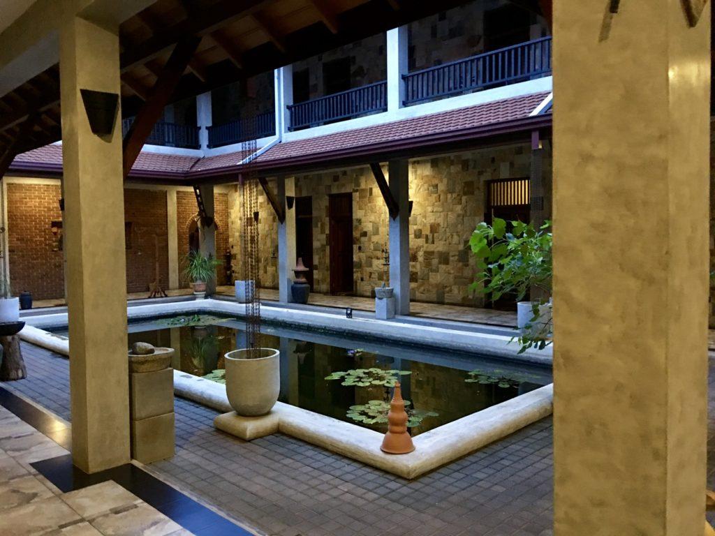 スリランカ・ネゴンボ 🌸 アーユルヴェーダ・スパ併設のホテルで体験を兼ねて宿泊してみた