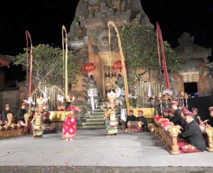 ウブド滞在中は自転車でウロウロ❣️ カルサ スパで至福のマッサージ ✨夕食は激安ワルン サリ ラサへ✨バリ島へ来たなら寺院でダンス鑑賞