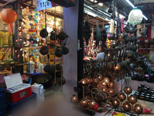 せっかくバンコクに来たなら行ってみるべき・ チャトゥチャック ウィークエンドマーケット(chatuchak weekend market) & アジアティーク ナイトマーケット(Asiatique The River Front)を楽しもう