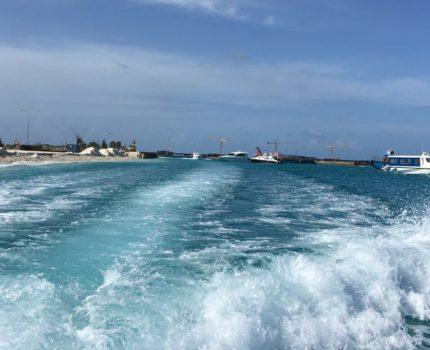 モルディブ旅行 マーフシ島から空港へ スピードボートで移動
